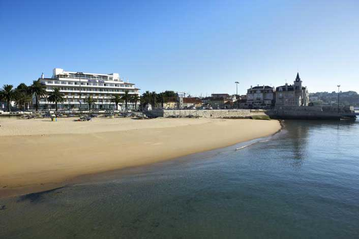 d39a1226649fee The 3-star Hotel Baia in Cascais is right in the centre of town