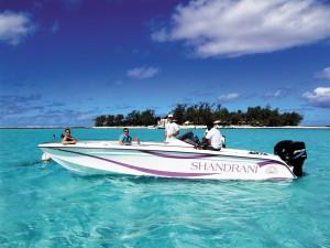 shandrani_speedboat